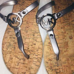 Women Michael Kors Flip Flops